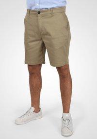 Solid - RAVI - Shorts - dune - 0
