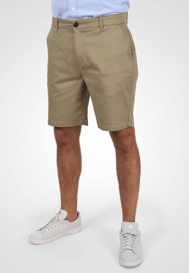 Solid - RAVI - Shorts - dune