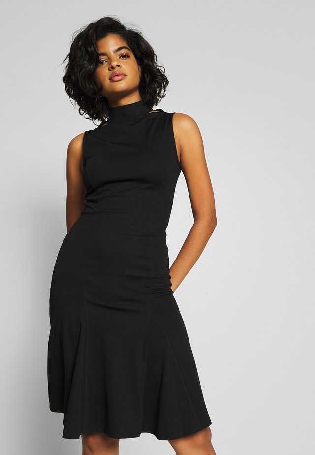 SLEEVELESS FISHTAIL BODYCON DRESS - Jerseyjurk - black