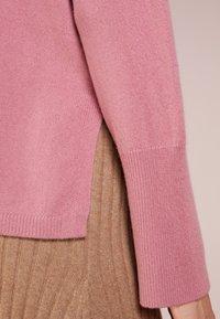 pure cashmere - TURTLENECK - Svetr - rose pink - 4