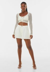 Bershka - MIT SCHLEIFE  - Long sleeved top - off-white - 1