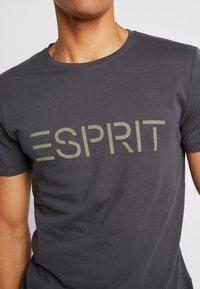 Esprit - NEW ICON - T-shirt z nadrukiem - anthracite - 5