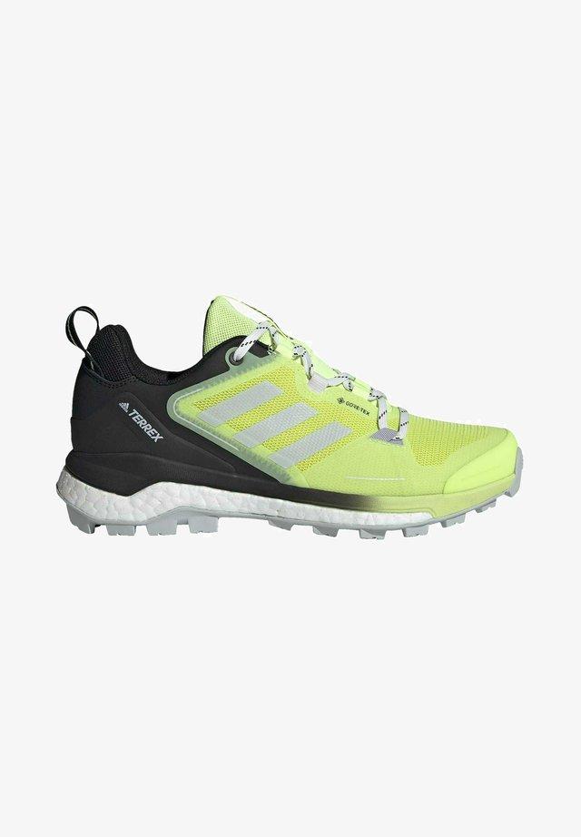TERREX SKYCHASER GORE-TEX 2.0 WANDERSCHUH - Sneakersy niskie - yellow