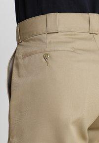 Dickies - MULTI POCKET WORK  - Shorts - khaki - 4