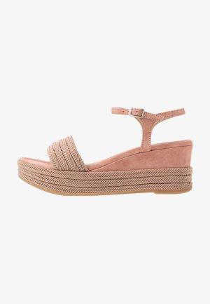 KATIA - Platform sandals - rosa