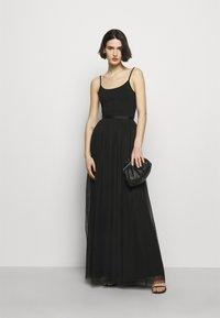 Needle & Thread - KISSES MAXI SKIRT EXCLUSIVE - Maxi skirt - black - 1