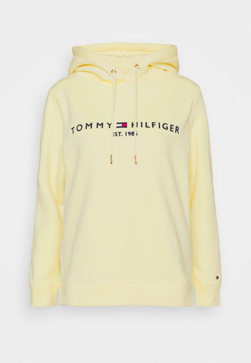 Tommy Hilfiger - REGULAR HOODIE - Bluza - frosted lemon