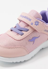 KangaROOS - KC-FLIGHT - Trainers - frost pink/lavender - 2