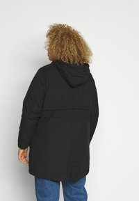 New Look Curves - LI HOODED - Parka - black - 3