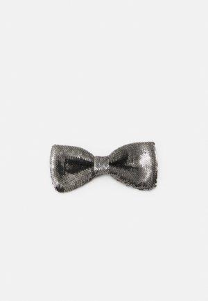 Motýlek - grey