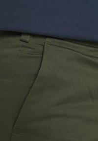 ARKET - Pantalon classique - green - 4