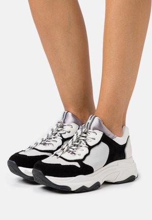 BAISLEY - Joggesko - white/black