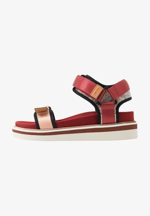 Platform sandals - light pink