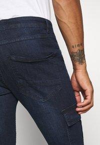 Brave Soul - ARCHIE - Cargo trousers - dark blue wash - 5