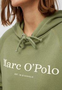 Marc O'Polo - Hoodie - dried sage - 4