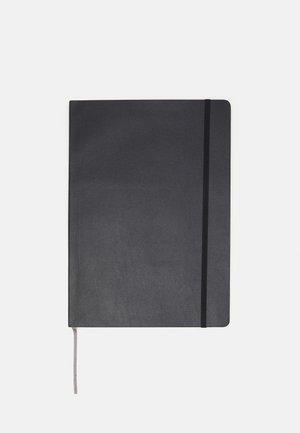 NOTIZBUCH A4 DIN A4 UNISEX - Jiné doplňky - schwarz