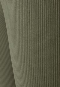 Zign - High waist ribbed seamless leggings - Leggings - Trousers - green - 2
