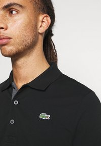 Lacoste Sport - TAPING - Polotričko - black/pitch chine-pitch chine - 5
