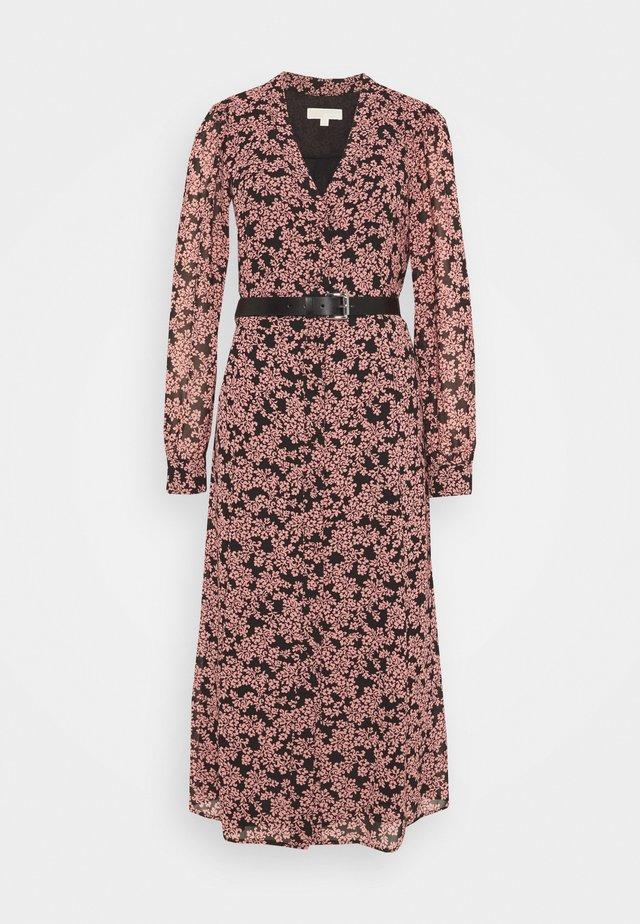 Day dress - primrose