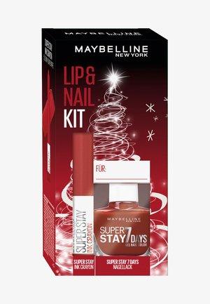 LIP + NAIL KIT 5 - Makeup set - -