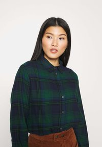 GAP - EVERYDAY - Skjorte - blackwatch plaid - 4