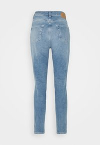 Pieces - PCLEAH MOM - Jeans relaxed fit - light blue denim - 6