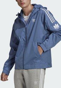 adidas Originals - ADICOLOR  TREFOIL WINDBREAKER - Windbreaker - blue - 3