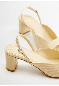 Violeta by Mango - Peep toes - ecru - 5