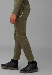 Marc O'Polo DENIM - Trousers - utility olive - 3