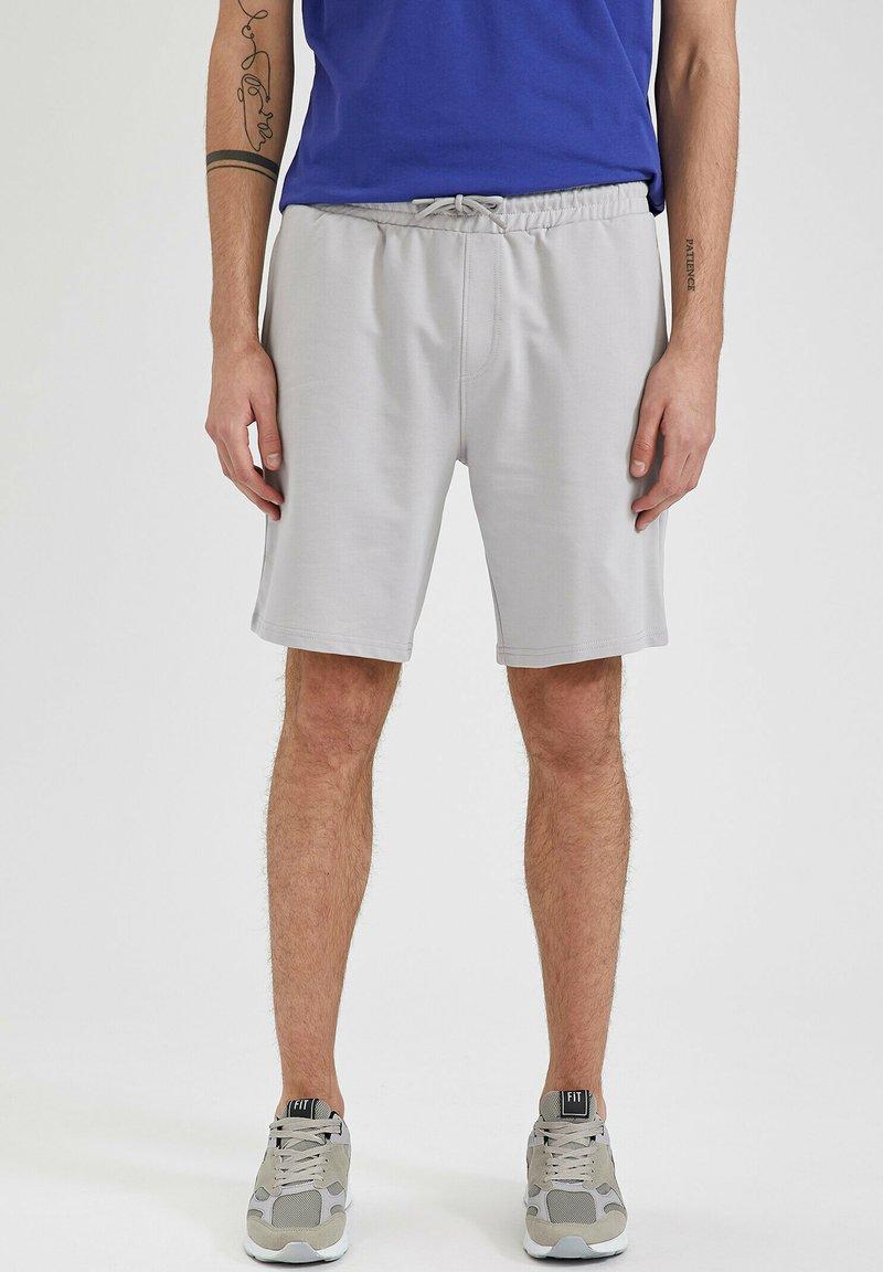 DeFacto Fit - Shorts - grey