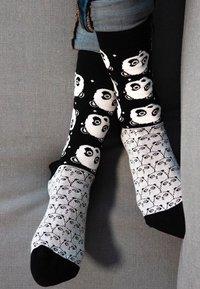 Natural Vibes - PANDAS SOCKEN AUS BIOBAUMWOLLE - Socks - black / white - 1