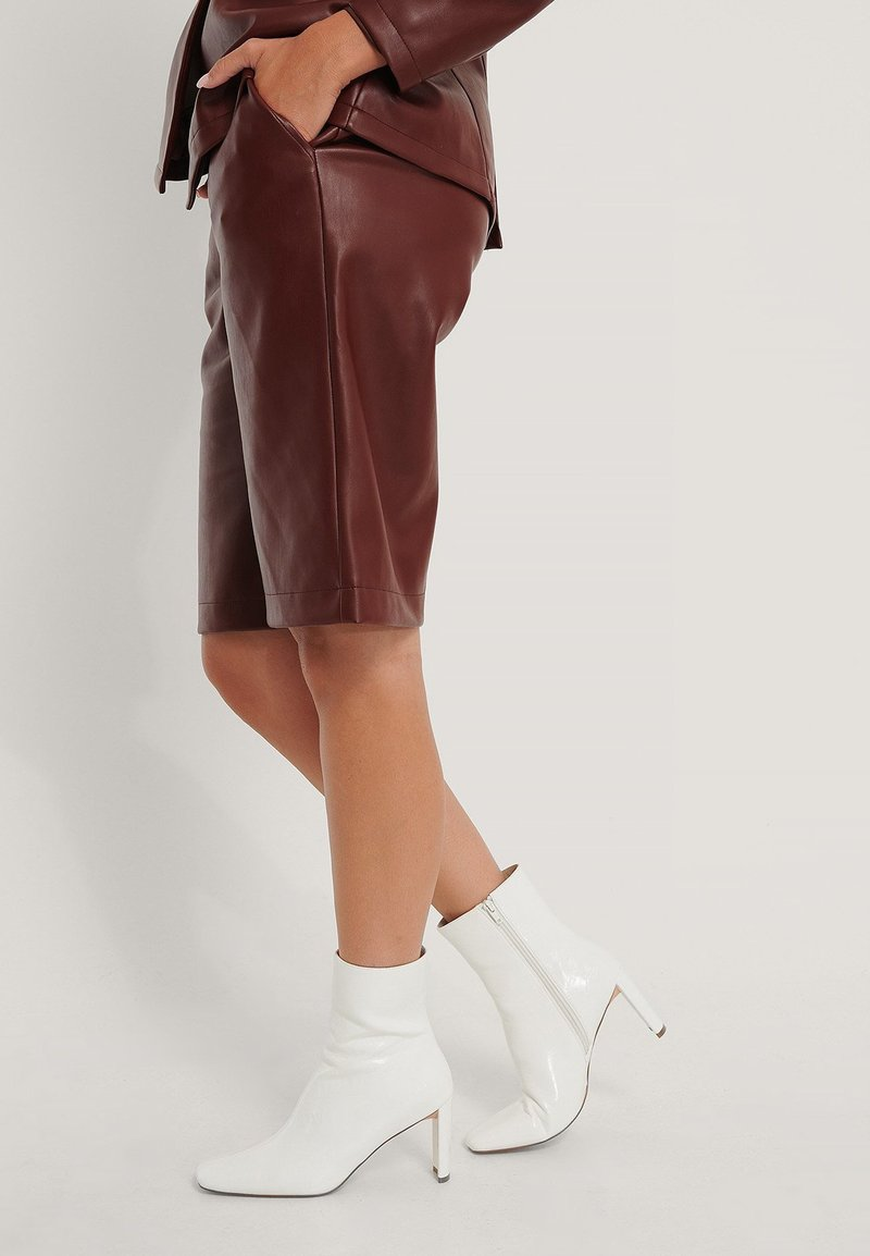 NA-KD - Classic ankle boots - white