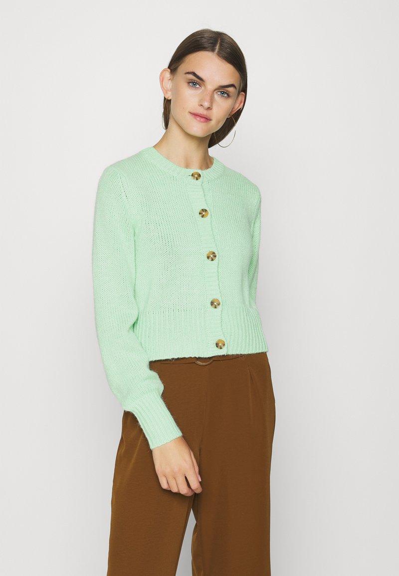 Monki - PAMELA CARDIGAN - Cardigan - green light