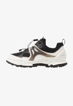 BIOM C-TRAIL - Hiking shoes - white/black