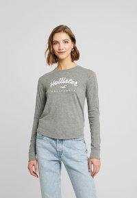 Hollister Co. - CLASSIC TIMELESS TECH  - Topper langermet - grey - 0