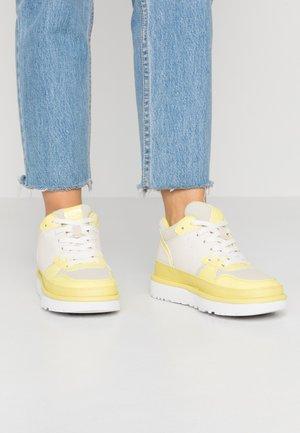 HIGHLAND - Baskets montantes - yellow