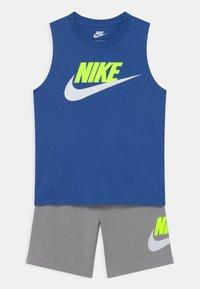 Nike Sportswear - CLUB SET - Top - smoke grey - 0