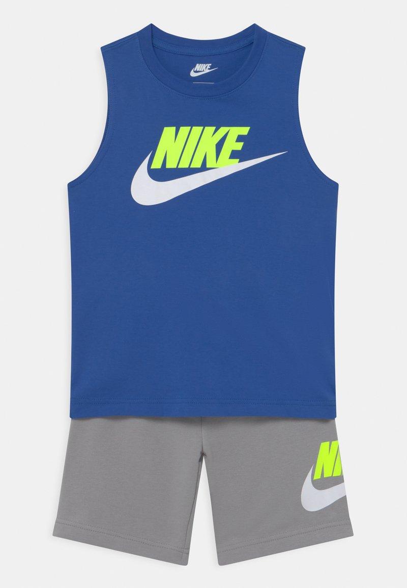 Nike Sportswear - CLUB SET - Top - smoke grey
