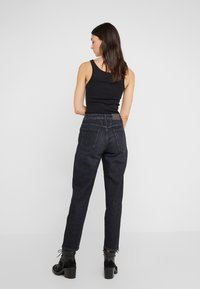 CLOSED - PEDAL PUSHER - Jeans Relaxed Fit - dark grey - 2