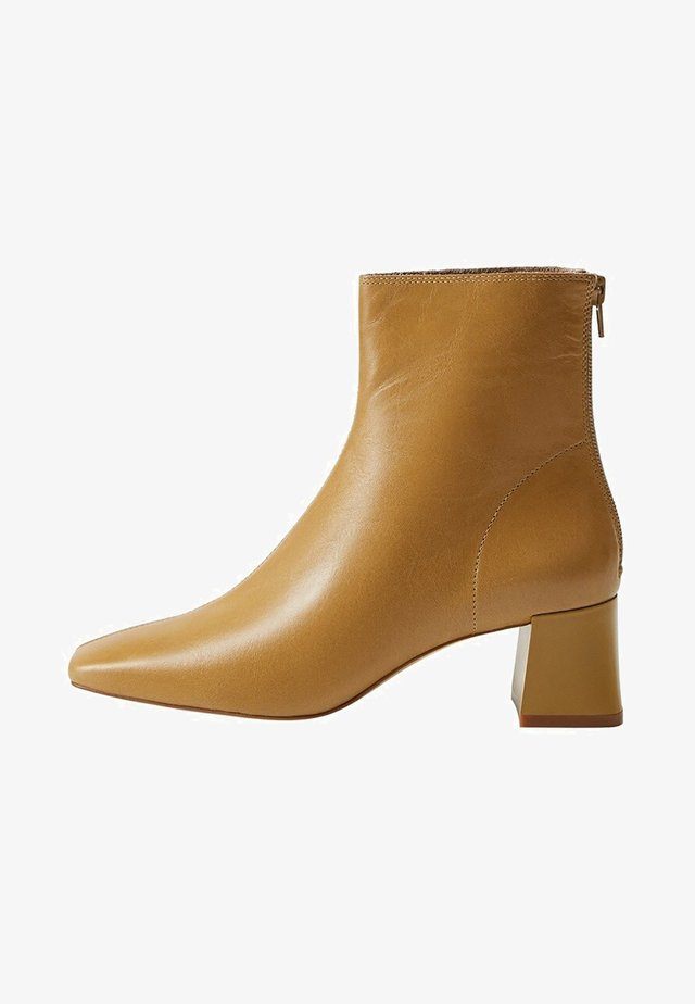 SOL - Classic ankle boots - oliwkowozielony