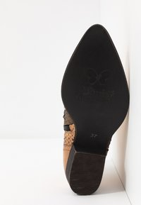 Felmini - TEXANA - Ankle boots - metal gold - 6