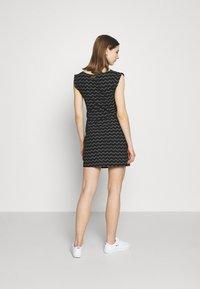 Ragwear - TAG CHEVRON - Žerzejové šaty - black - 2