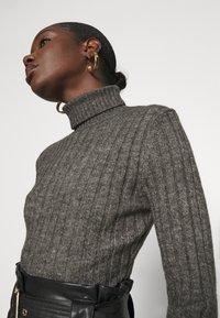Zign - Wool blend- fitted roll neck - Jersey de punto - mottled dark grey - 3
