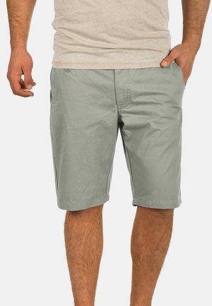 SASUKE - Shorts - gray