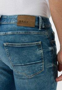 BRAX - STYLE CHRIS - Slim fit jeans - vintage blue used - 3
