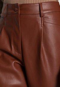 Freequent - HARLEY ANKLE - Broek - brown - 4