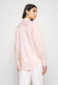 DESIGNERS REMIX - MELA - Button-down blouse - peach - 2