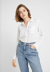 Hollister Co. - LONG SLEEVE POPOVER - Bluser - white - 0