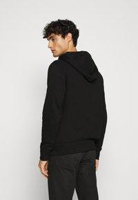 GAP - MICRO LOGO - Zip-up hoodie - true black - 2