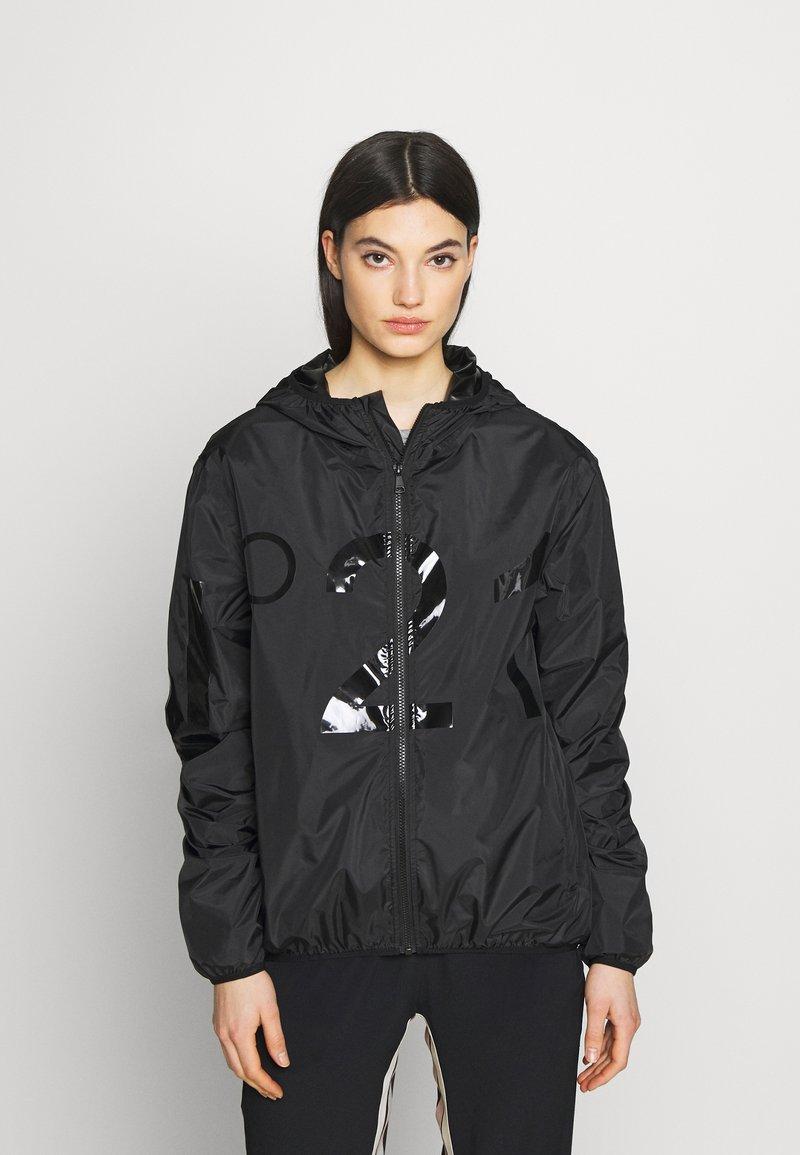 N°21 - Lehká bunda - black